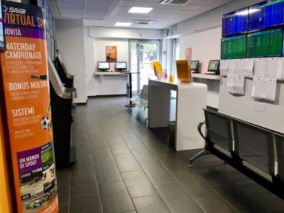 Snai Scommesse e sala Slot Vendita - Snai投注和老虎機銷售室